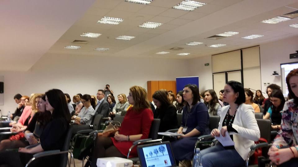 instantaneu cu cei cca. 100 de specialiști de HR din filialele firmelor multinaționale prezente în România care au luat parte în 2 martie la lansarea la SNSPA a raportului Millenials @Work