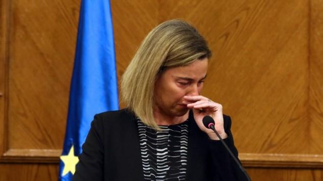 Federica Mogherini în timpul unei conferințe de presă cu Ministrul de Externe Iordanian, 22 martie 2016, în urma aflării vești atacurilor teroriste din Bruxelles