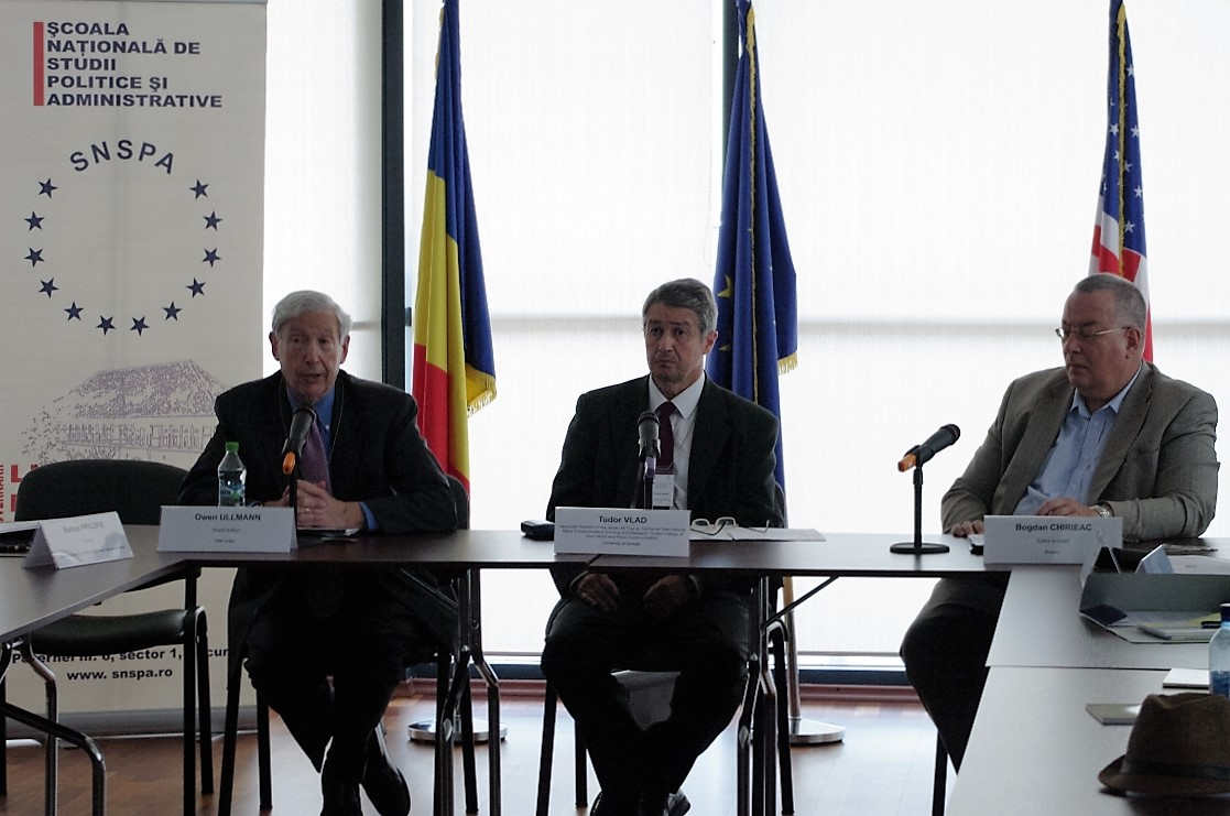 """Owen ullmann at the Workshop """"Europe at Crossroads: European & U.S. Perspectives"""" (7th edition)"""